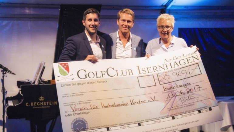 30.000 € Scheck für den Verein für krebskranke Kinder Hannover e.V.