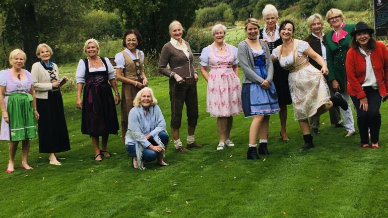 Oktoberfest 2020 der Damen